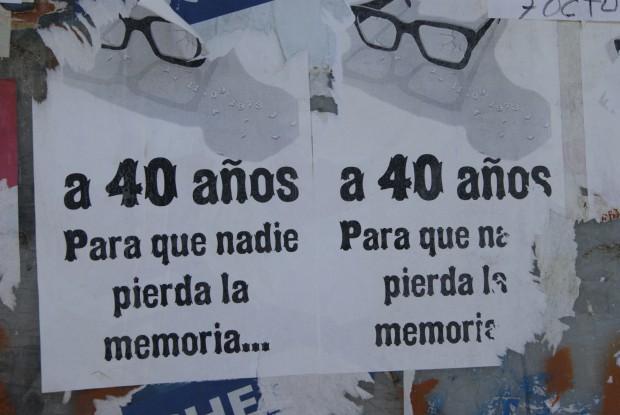 Para que nadie pierda la memoria. Carteles que hablan.