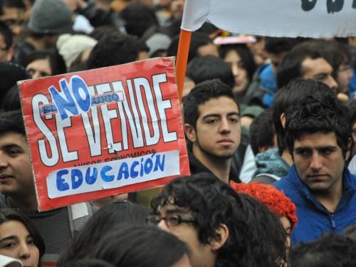 La_educación_no_se_vende-1