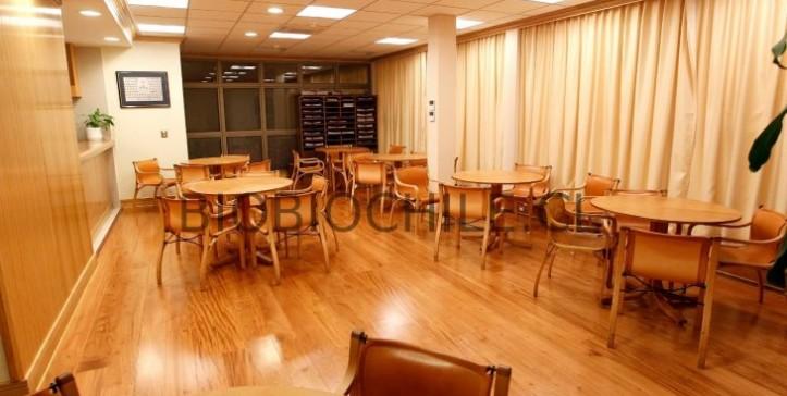 cafeteria-vip