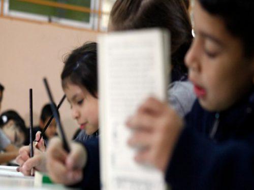 propuesta-diputados-limitar-tareas-colegios-escuelas-liceos